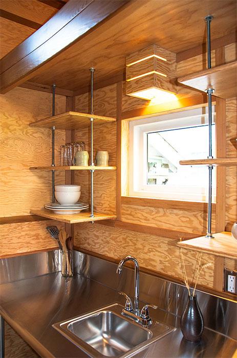 tiny-cabin-salsabox2