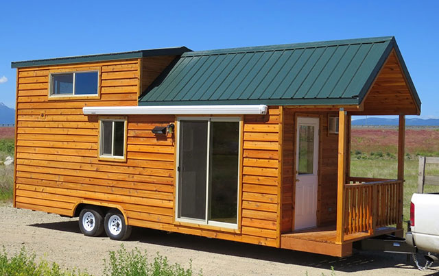 Spacious prefab cabin on a trailer for Portable home designs