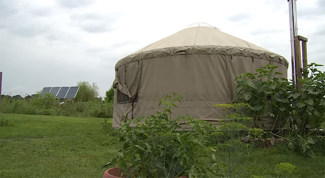 off-grid-yurt5