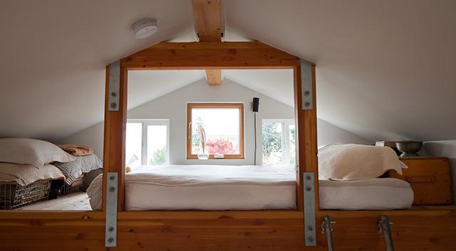 tiny-house-garage5