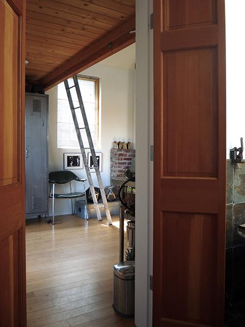 tiny-house-garage8