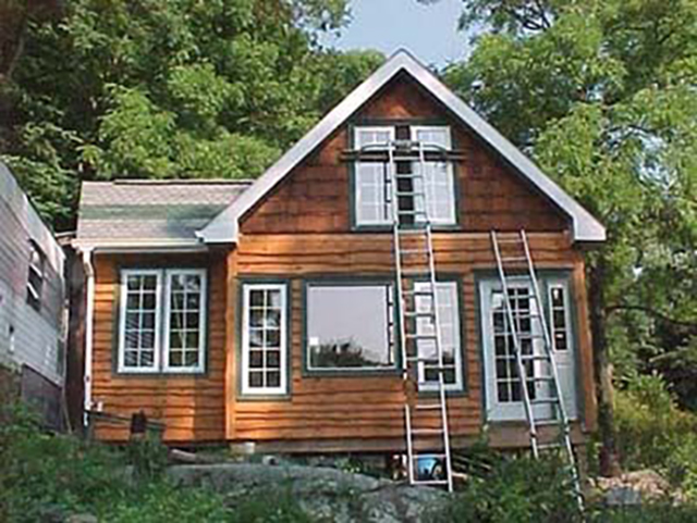 Peachy This Tiny House Is 450 Sq Ft Of Pure Personality Sustainable Largest Home Design Picture Inspirations Pitcheantrous