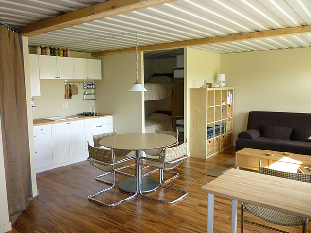 shipping-container-cabin5