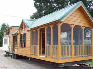 Mobile Cabin Living by Lil' Lodges