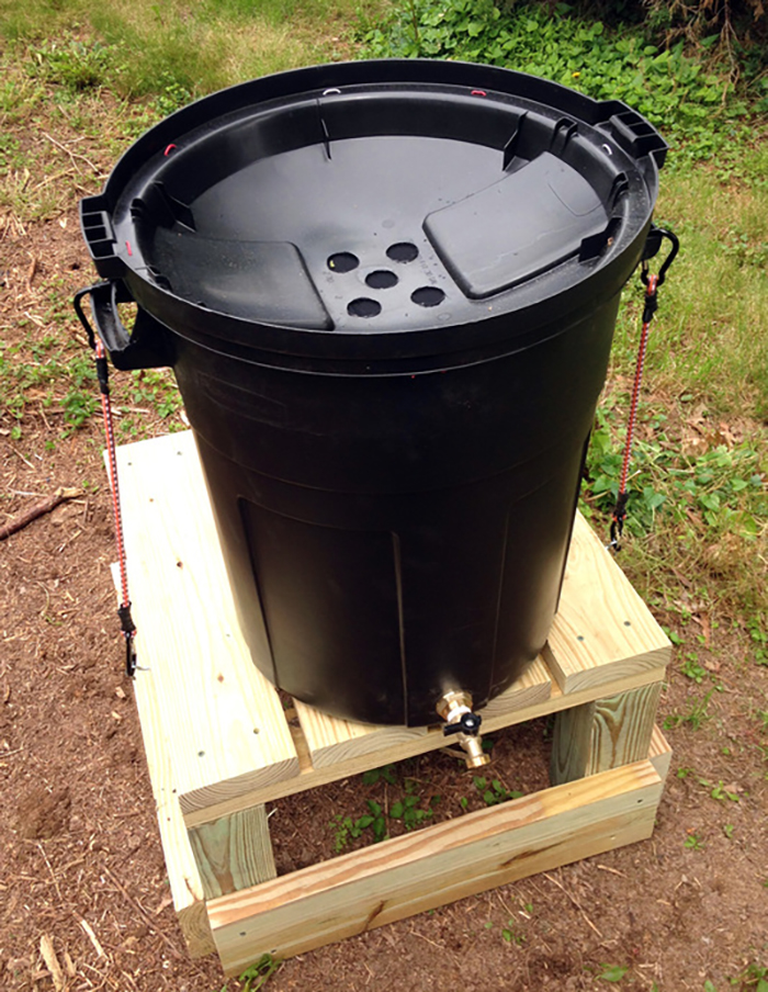 DIY rain barrel 1
