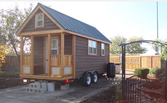 Tiny Home Designs: Off Grid DIY Tiny House On Wheels